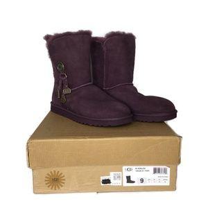 UGG Australia Women Azalea Boot Size 9 M